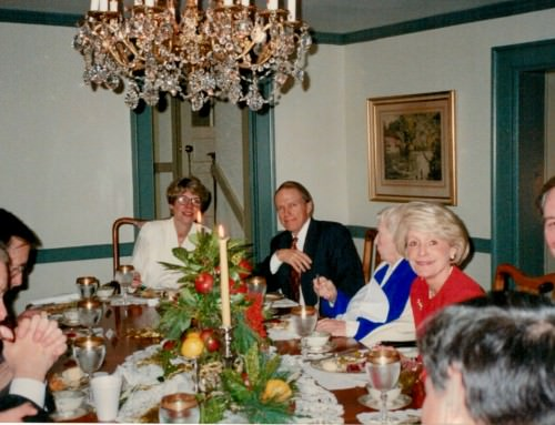 7 Rich Blessings of the Family Dinner Table